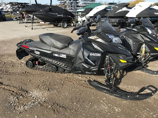 2014 Ski-Doo MXZ X 800 E-Tec Photo 2 of 6