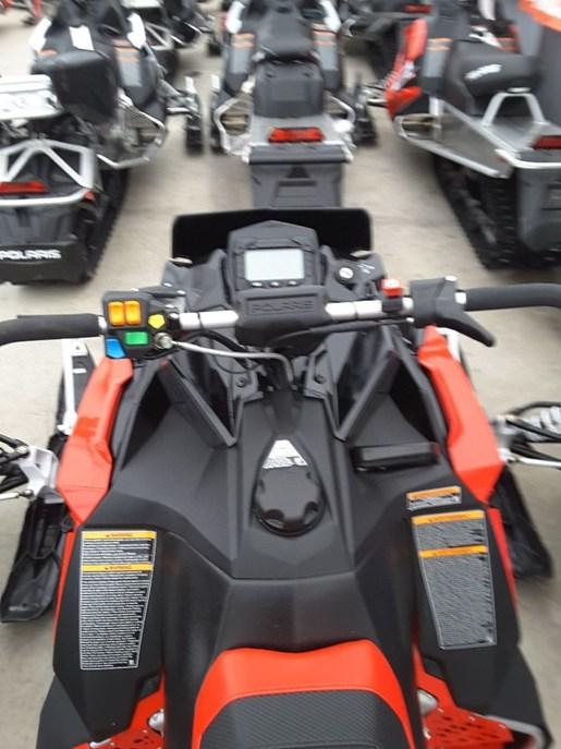 2019 Polaris 600 Indy XC 129 Photo 4 of 5