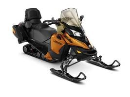 2018 Ski-Doo Grand Touring SE Ripsaw 1.25 STIS Rotax® Photo 1 of 1