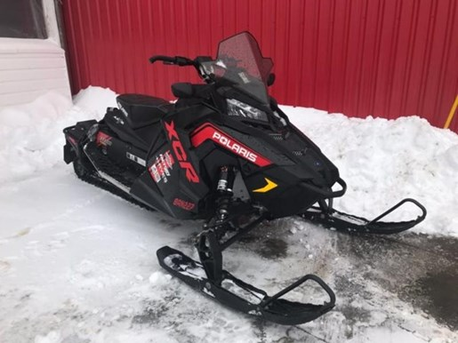 2018 Polaris Switchback® XCR 800 H.O. Cleanfire® 137 Electric 1 Photo 1 of 4