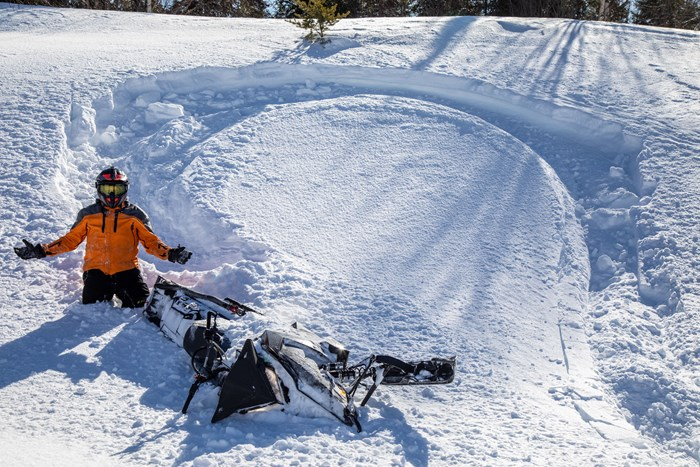 wide turn boondocking ontario snowmobiling