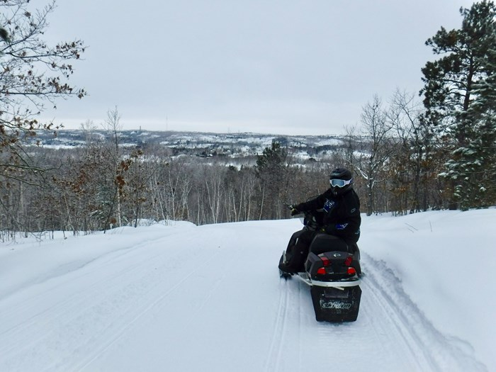 overlook sudbury snowmobiling