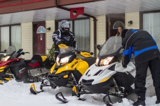 snowmobile parking chateau guay