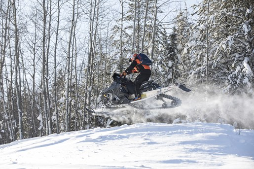 snowmobile jump 2017 Polaris Switchback Assault 144 Abitibi Canyon Tour Ontario