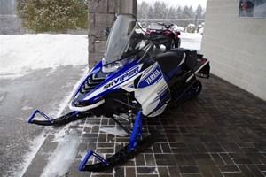 Yamaha SR VIPER STX DX 137 2017