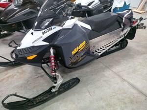 Ski-Doo MX Z TNT 600 2010