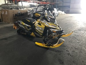 Ski-Doo mxz 800 etec 2013