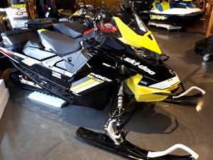 Ski-Doo MXZ® Blizzard 850 E-TEC® 2018