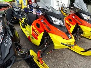 Ski-Doo MX Z® X-RS® Rotax® 800R E-TEC® 2015