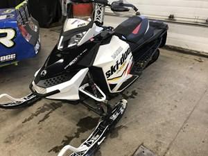 Ski-Doo MXZ X 800 E-TEC 2012