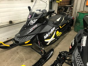 Ski-Doo RENEGADE X-PACKAGE 800 E-TEC 2012
