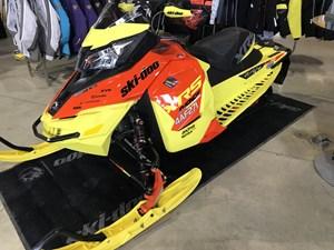 Ski-Doo MXZ XRS 800 E-TEC 2015