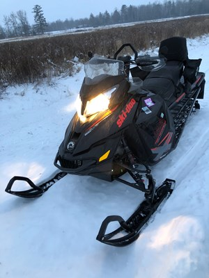 Ski-Doo Renegade Backcountry X 800 + Triton Trailer 2015