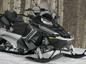 Polaris 550 INDY ADVENTURE 155 / 28$/sem 2018