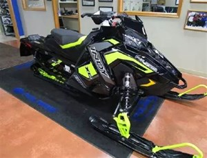 Polaris Indy® XC 800 ES BLK LIME 2019