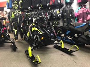 Polaris Indy® XC 800 ES BLK LIME 2019