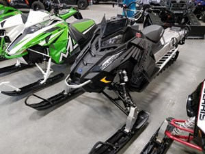 "Polaris 800 RMK® Assault® 155 2.25"" Peak 2017"