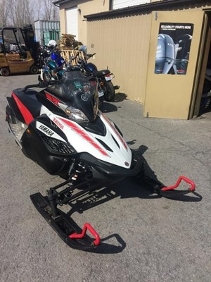 Used Snowmobiles for Sale - Page 1 of 24 - SledDealers ca