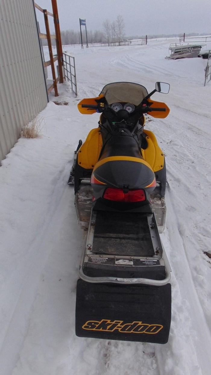 2003 Ski-Doo MXZ SPORT 600 Photo 3 sur 4