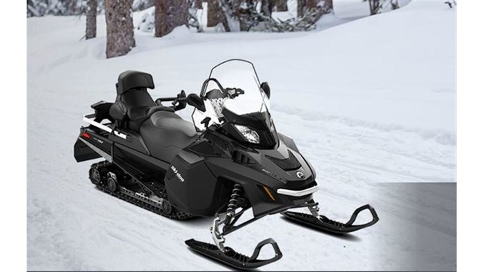 2018 Ski-Doo 1 LEFT EXPEDITION LE 900 ACE Photo 1 of 13