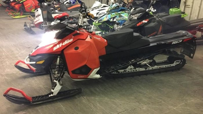 2015 Ski-Doo Summit® SP 163 Rotax® 800R E-TEC® Photo 1 of 2