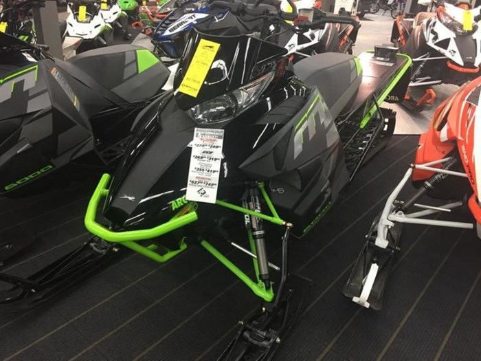 2017 Arctic Cat M 8000 Limited ES (162) 2.6 Photo 2 of 3