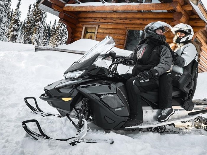 2019 Ski-Doo Grand Touring Limited Rotax® 900 Ace™ Photo 1 of 4
