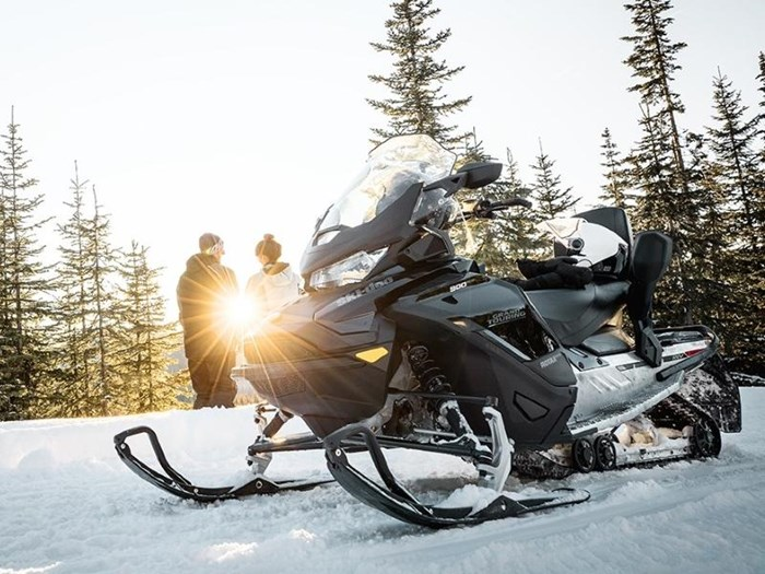 2019 Ski-Doo Grand Touring Limited Rotax® 900 Ace™ Photo 4 of 4