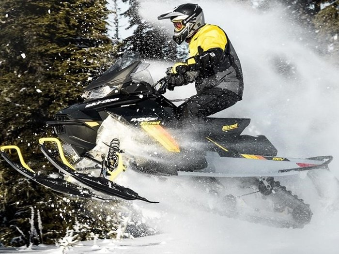2019 Ski-Doo MXZ® Blizzard™ Rotax® 600R E-Tec® Photo 4 of 4
