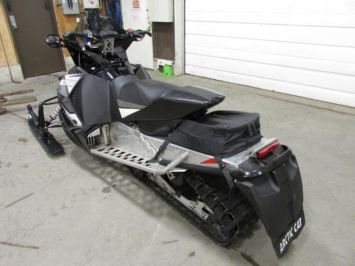 2014 Arctic Cat ZR 8000 LXR Photo 3 of 5