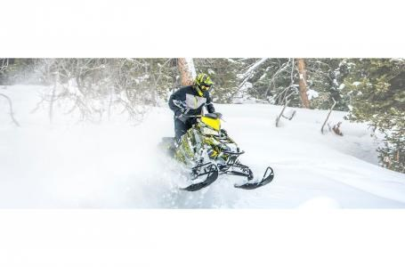 2019 Polaris 800 SWITCHBACK ASSAU Photo 2 of 4
