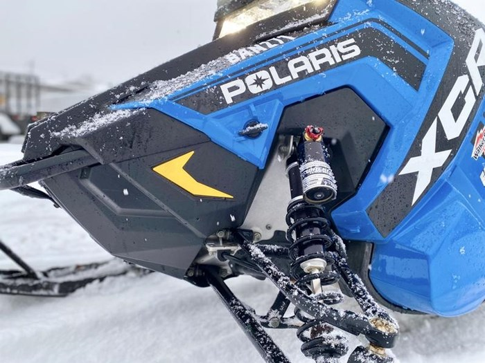 2018 Polaris Switchback® XCR 800 H.O. Cleanfire® 137 Photo 2 of 19