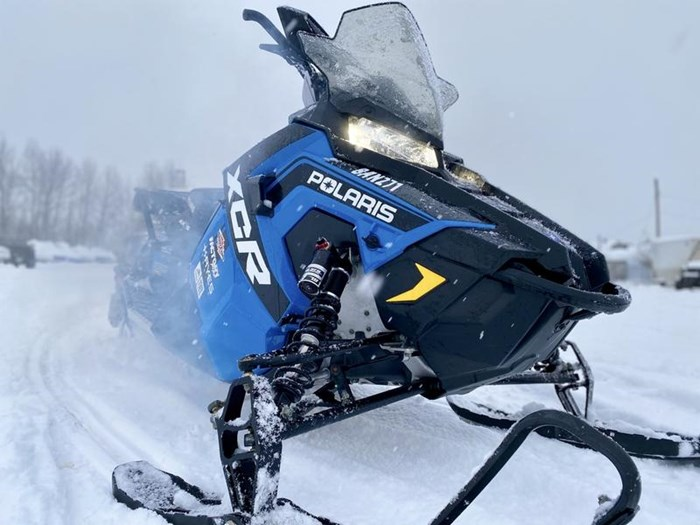 2018 Polaris Switchback® XCR 800 H.O. Cleanfire® 137 Photo 4 of 19