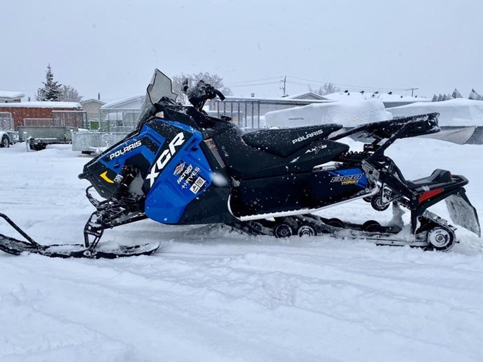 2018 Polaris Switchback® XCR 800 H.O. Cleanfire® 137 Photo 5 of 19