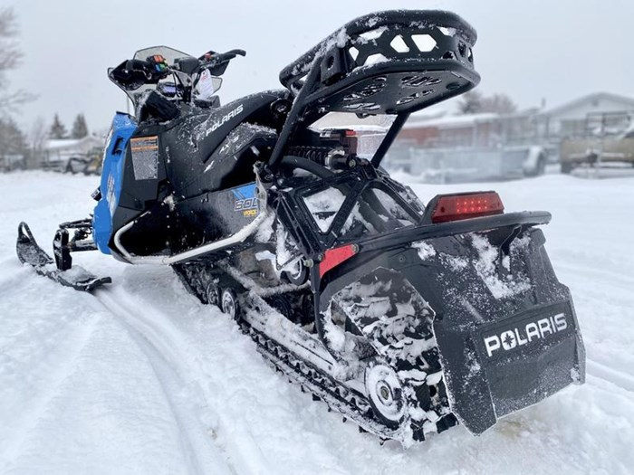 2018 Polaris Switchback® XCR 800 H.O. Cleanfire® 137 Photo 10 of 19