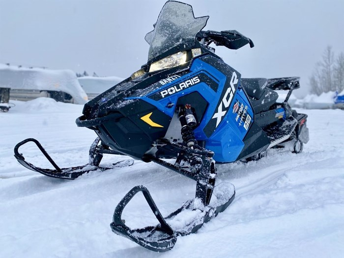 2018 Polaris Switchback® XCR 800 H.O. Cleanfire® 137 Photo 1 of 19