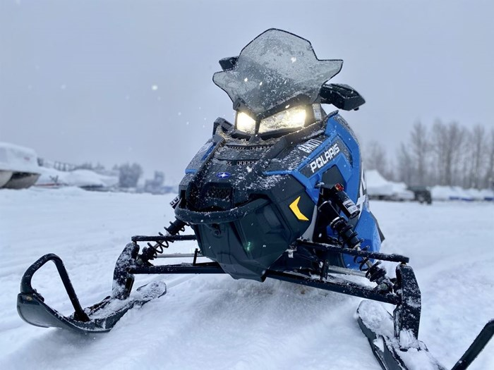 2018 Polaris Switchback® XCR 800 H.O. Cleanfire® 137 Photo 3 of 19