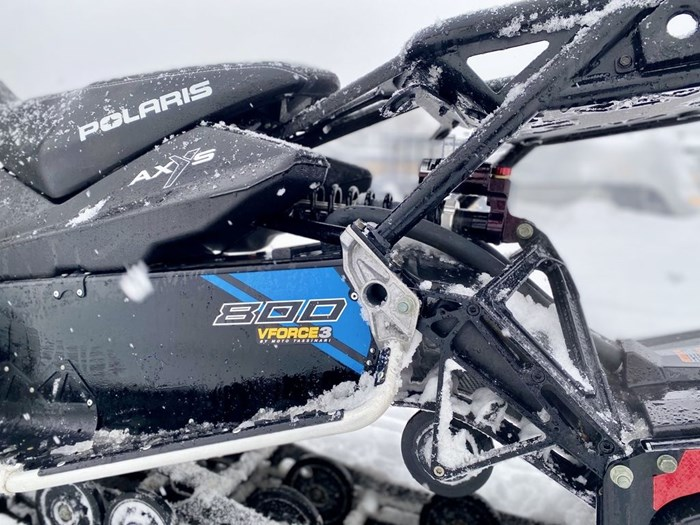 2018 Polaris Switchback® XCR 800 H.O. Cleanfire® 137 Photo 6 of 19