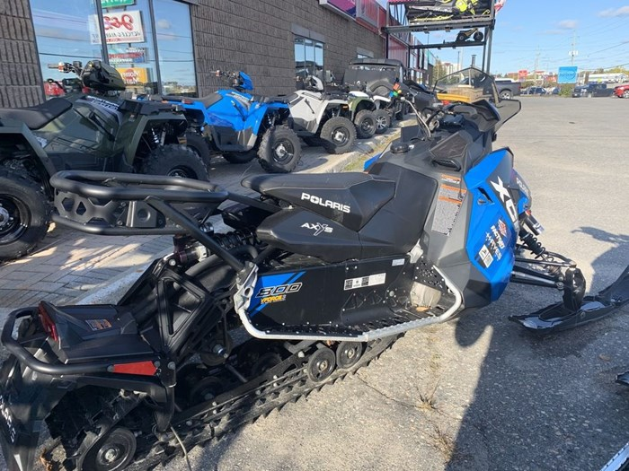 2018 Polaris Switchback® XCR 800 H.O. Cleanfire® 137 Photo 16 of 19