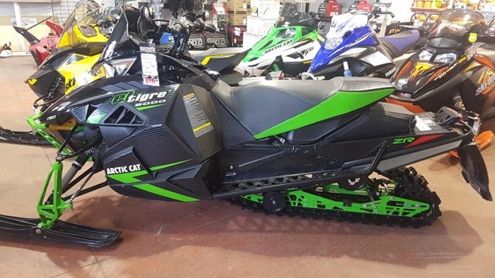 2015 Arctic Cat ZR 9000 El Tigre Photo 2 of 5