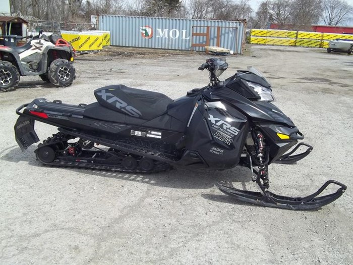 2015 Ski-Doo Renegade® X-RS® Rotax® 800R E-TEC® Photo 1 of 5
