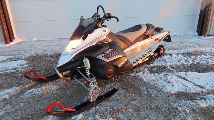 2009 Yamaha FX NYTRO XTX Photo 3 of 4