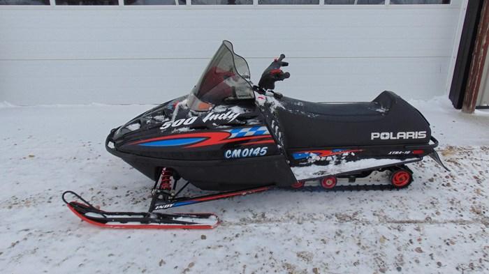 2000 Polaris Indy 500 Photo 1 of 3