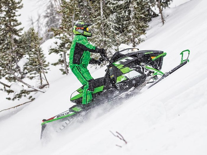 2017 Arctic Cat M 8000 SE ES (153) Photo 4 of 4