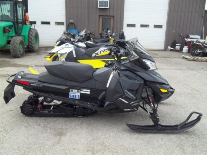 2014 Ski-Doo MX Z X 800R Photo 1 sur 5