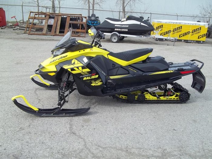 2018 Ski-Doo MXZ® X® Ice Ripper XT 1.25 Rotax® 850 E- Photo 3 sur 6