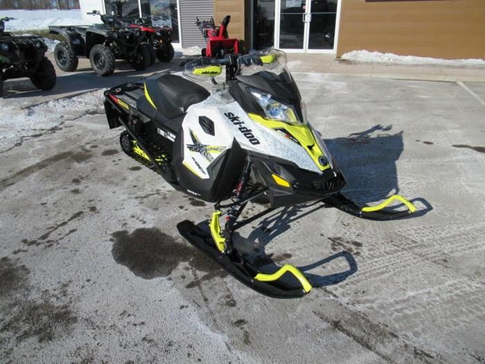 2016 Ski-Doo MXZ® X® Rotax® 800R E-TEC® White/Sunburs Photo 2 of 12