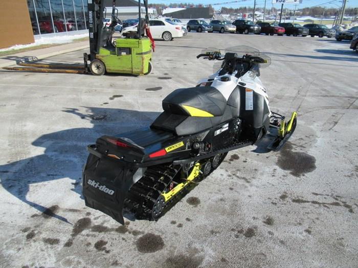 2016 Ski-Doo MXZ® X® Rotax® 800R E-TEC® White/Sunburs Photo 8 of 12
