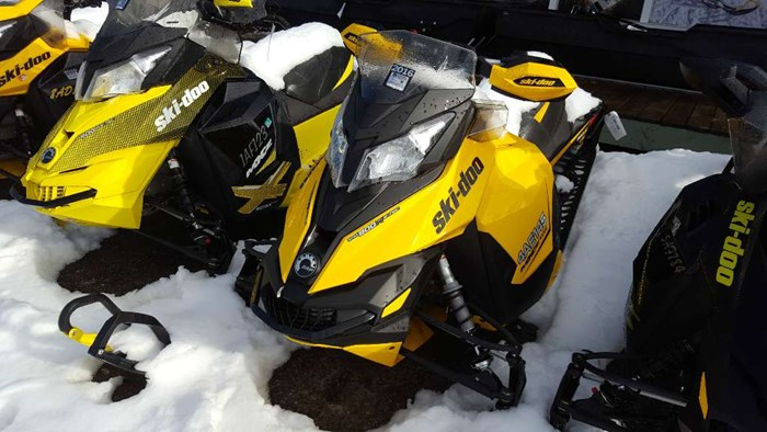 2013 Ski-Doo MX Z® TNT Rotax® E-TEC® 800R Photo 1 of 1
