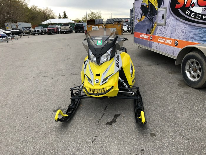 2015 Ski-Doo TNT 800 ETEC Photo 3 of 8